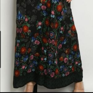 Maxi spagetti strap dress in black &faint floral